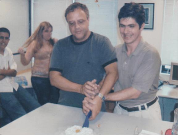 2006 - Roberto de Souza, nosso CEO e Alexandre Mendes, nosso Coordenador Financeiro - Celebração dos Aniversariantes do Mês de Dezembro