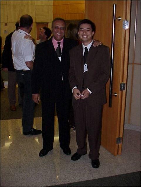 2001 - Roberto de Souza, nosso CEO e Maurício Hino, Diretor Unidade Qualidade e Desempenho - Certificação Projetistas