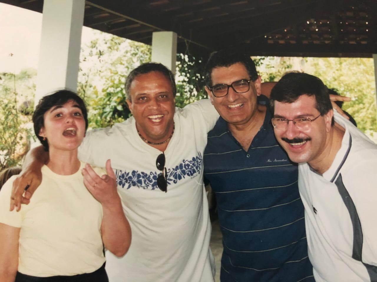 Márcia Menezes, Roberto de Souza, Vahan Agopyan e Geraldo Mekbkian na festa de Confraternização 1998.